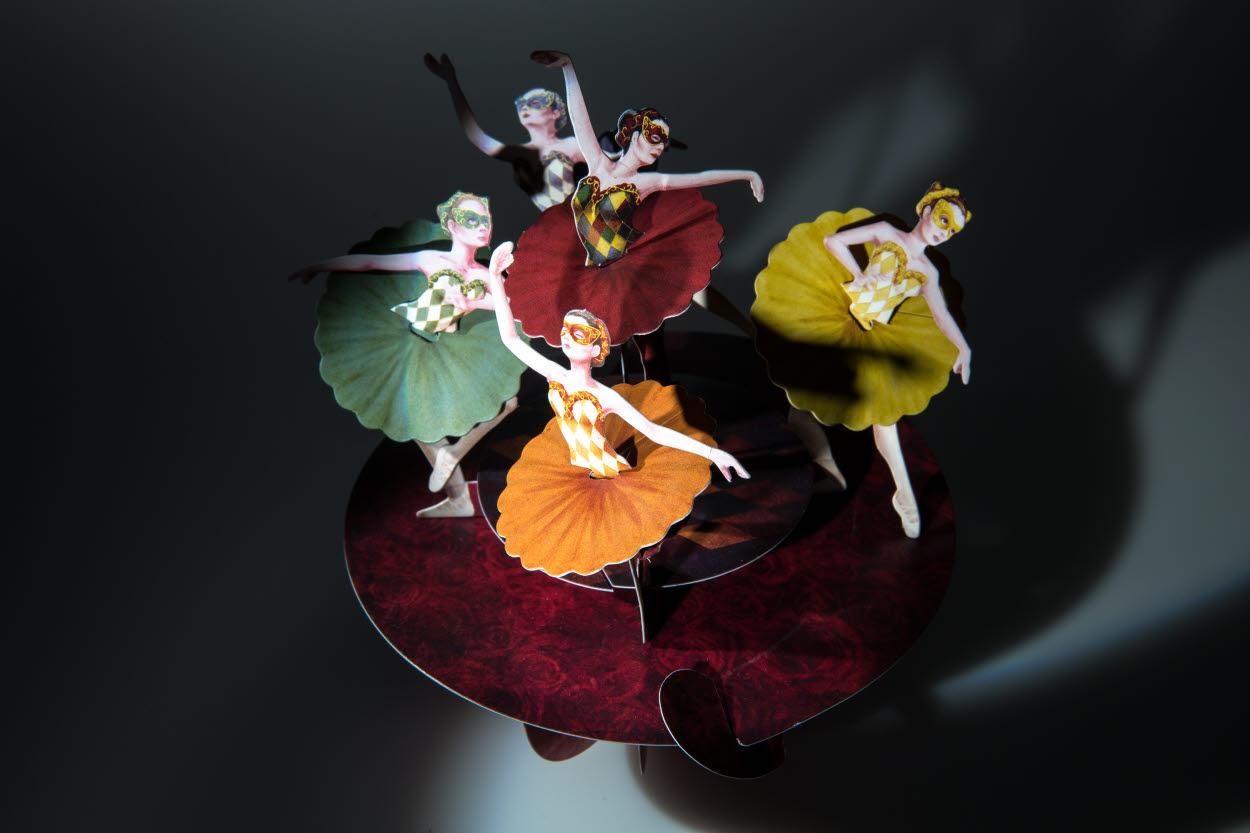 Santoro 3D greeting card of ballerinas